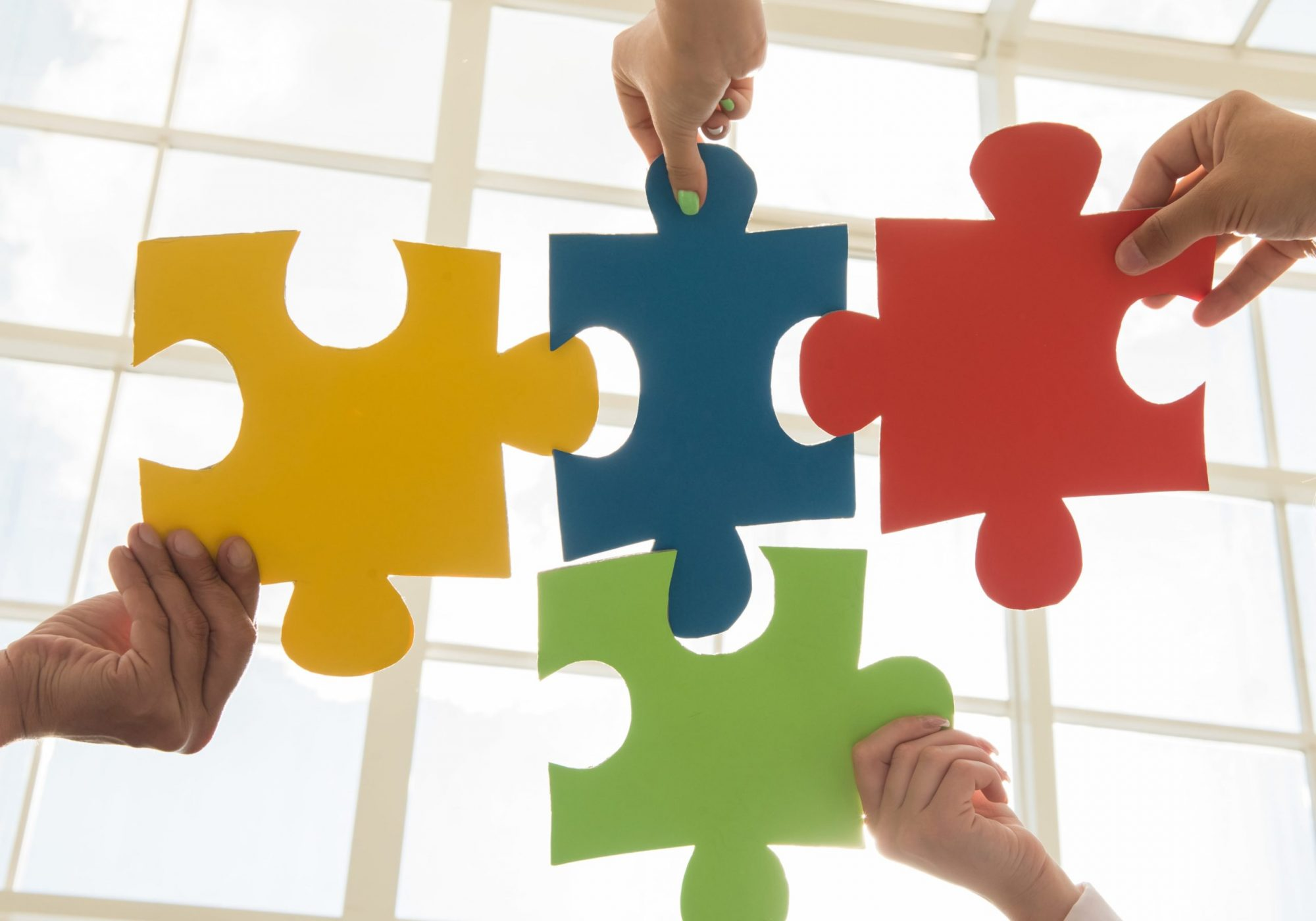 puzzle-and-represent-team-support-and-help-concept-min